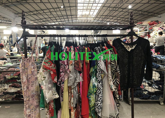 Female Second Hand Used Clothes , Fashionable Mixed Size Ladies Used Clothing